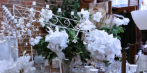 Vintage-Wedding-Decor-Antiques